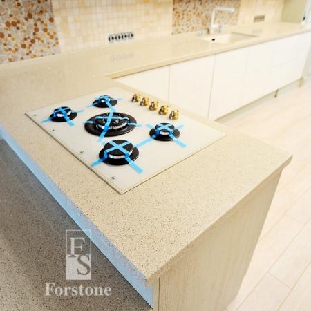 Столешница для кухни из кварцевого агломерата Samsung  luna verde lv225