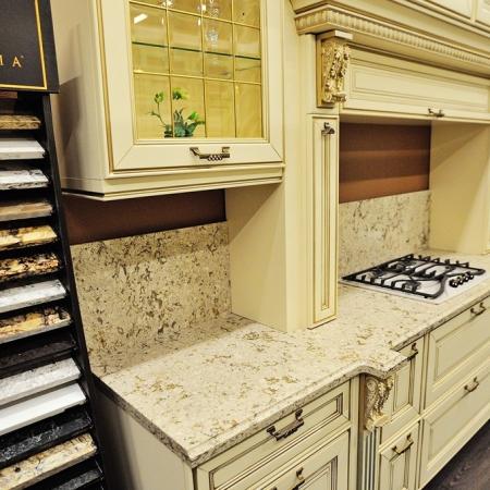 Столешница для кухни из кварцевого агломерата Cambria Windermere